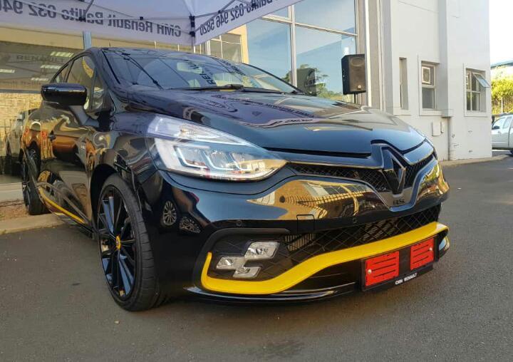 CMH Renault Billito- black renault clio RS