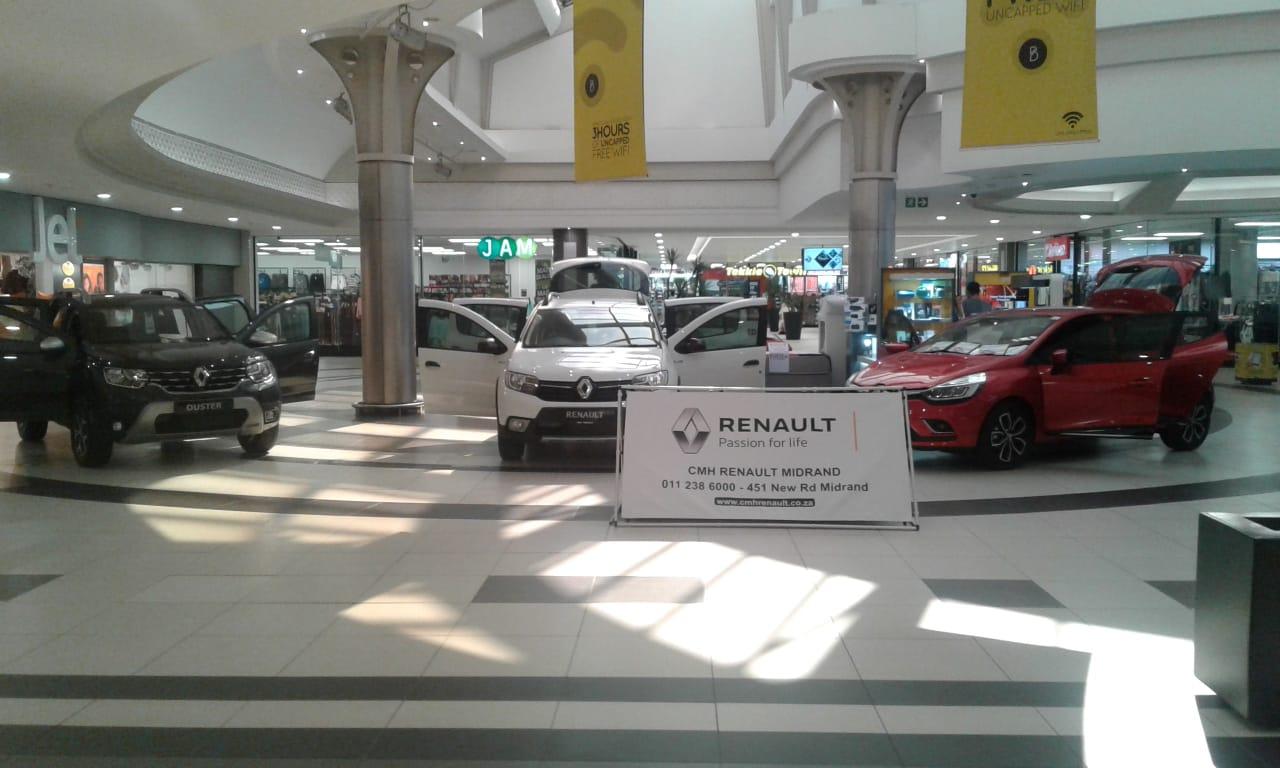 Boulders Mall Renault Display