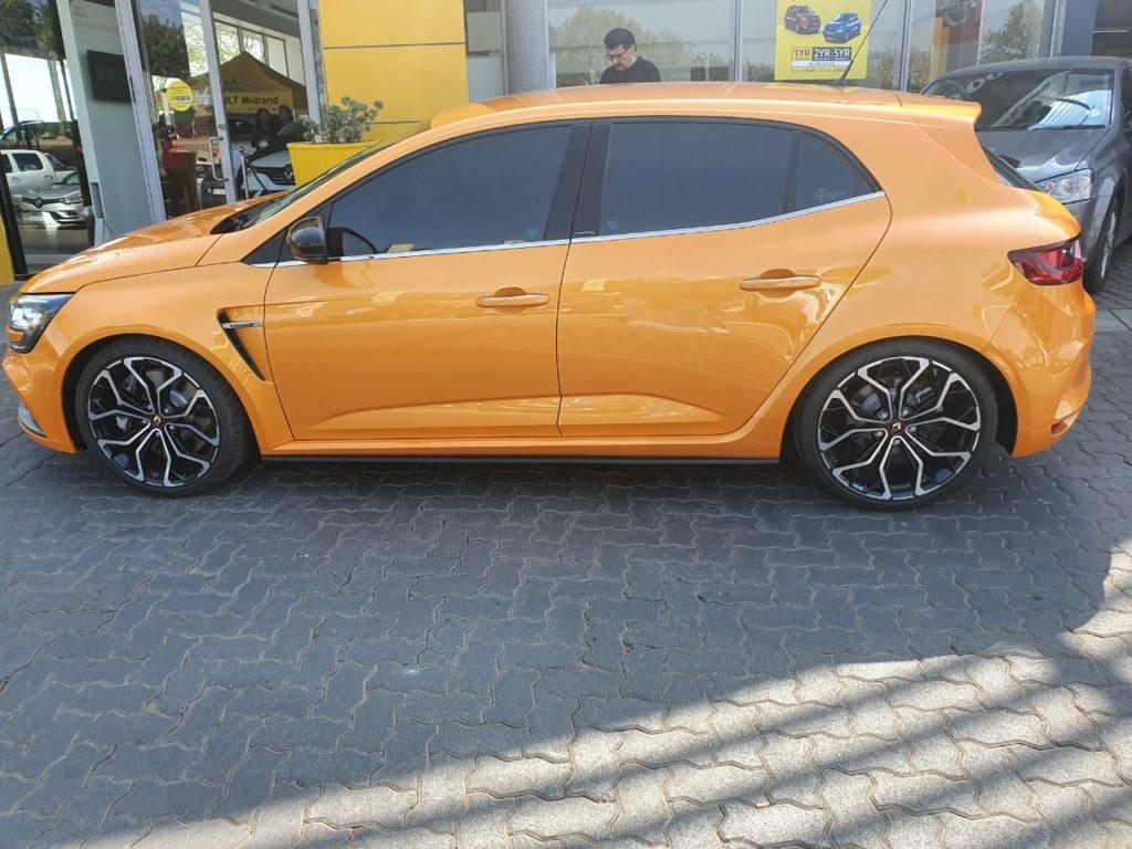 Renault Megane RS Side View