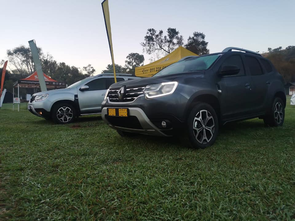 Left view of Renault Duster